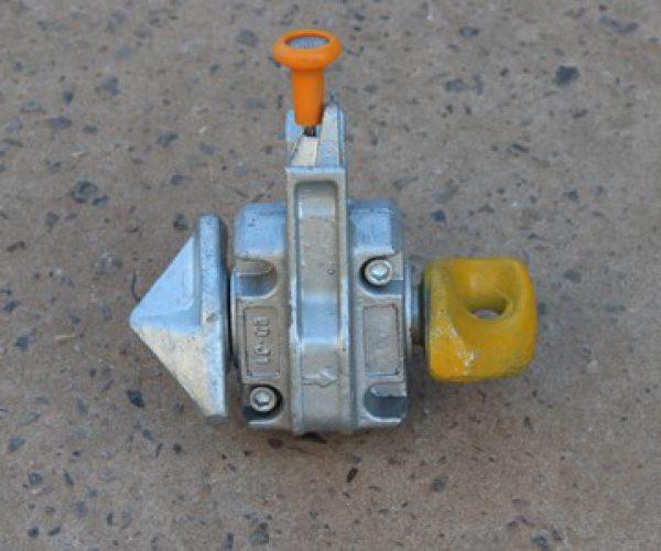 felautomata-twist lock-2